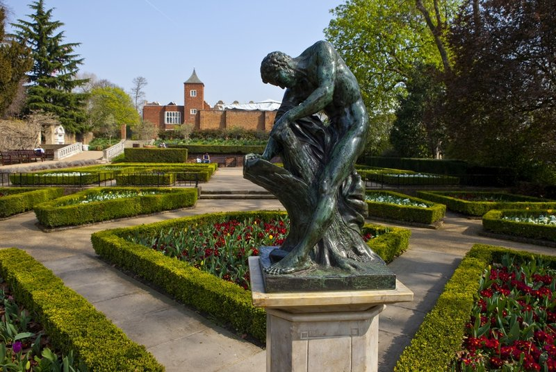Housekeeper Carers in Holland Park